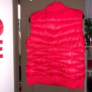 Nike Jackets & Coats - Nike red vest